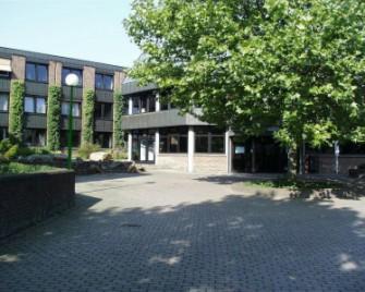 Bild des Rathauses