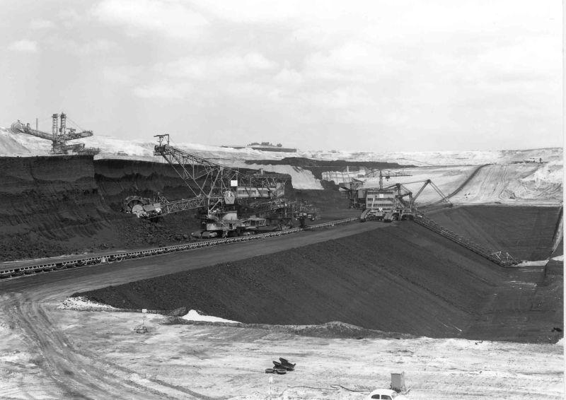 Marienfeld-Rheinbraun-RWEPower-Kohlenförderung-Tgb- Frechen-1967.jpg
