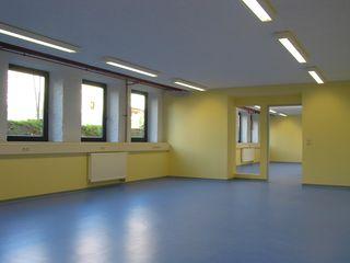 Klassenraum Rathausschule nach der Sanierung